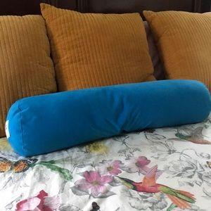 Awesome Yogibo Bolster Pillow The Ultimate Bean Bag Creativecarmelina Interior Chair Design Creativecarmelinacom